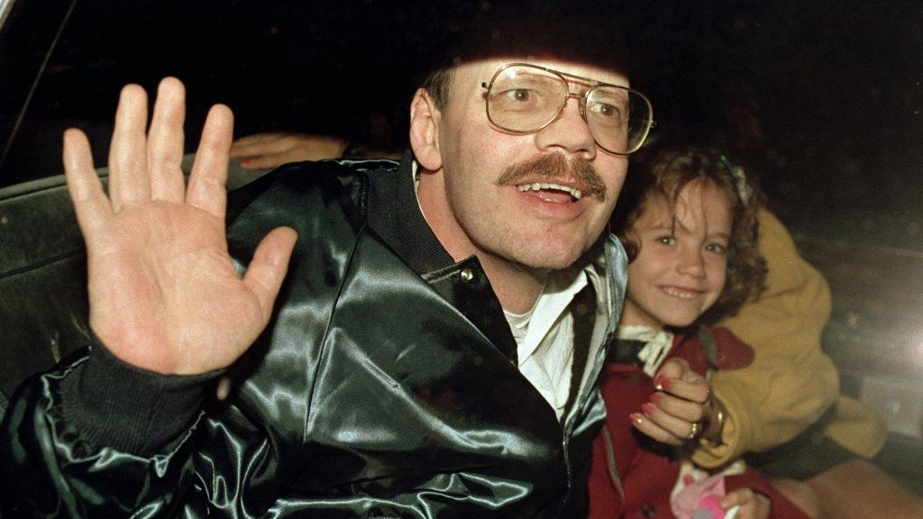 On this day 27 years ago, my father Terry Anderson was released from six and a half years of captivity and I met him for the first time. I hope every family of a hostage will feel the joy we experienced that day. Please don't forget those who are still suffering. #FreeAustinTice