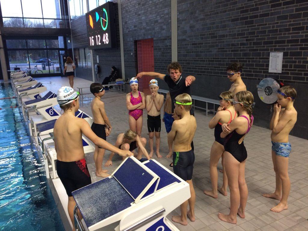 test Twitter Media - @triathlonNL @hellastriathlon @USportkrant @Sport_Utrecht Vandaag was weer 21 het magische getal in het #krommerijnzwembad #Utrecht - sprintende pieten niet meegeteld! ;-)   Het ritme zit erin 👌 vanaf januari verder uitbouwen ... https://t.co/M5LafmZQEj