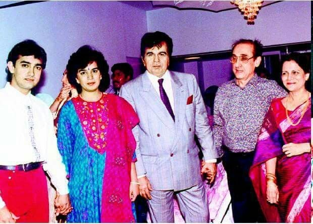 """RohitVerma on Twitter: """"The great Dilip Kumar sahab with Aamir Khan and  family. Rare pic. More pics on https://t.co/hzIJmMLG5x… """""""