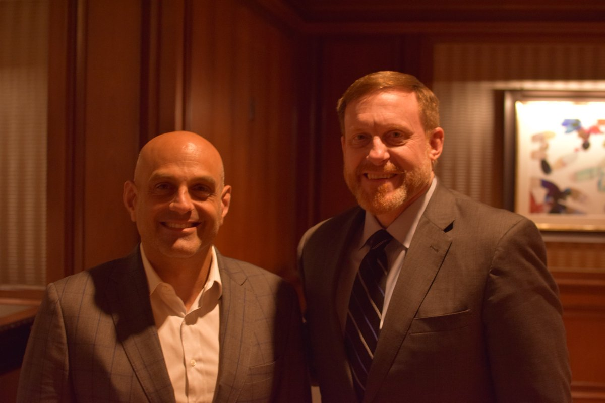 Thx to @jdkathuria and his @washingtonexec team for last week's Exec Leadership Council dinner w Adm Michael S. Rogers, retired Dir of the NSA and Commander of U.S. Cyber Command. Adm Rogers is among our nation's greatest patriots and most respected #military leaders. #leadership