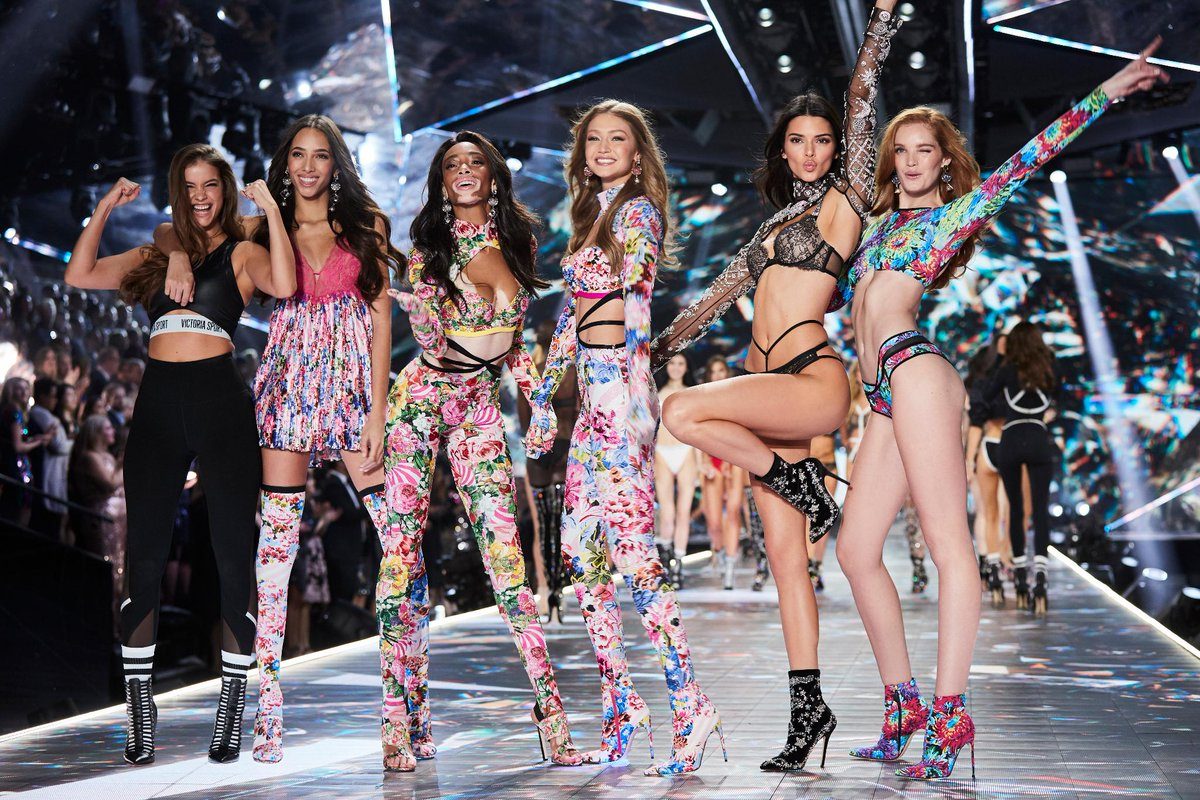 Victoria S Secret On Twitter Miss The Vsfashionshow Or Want To