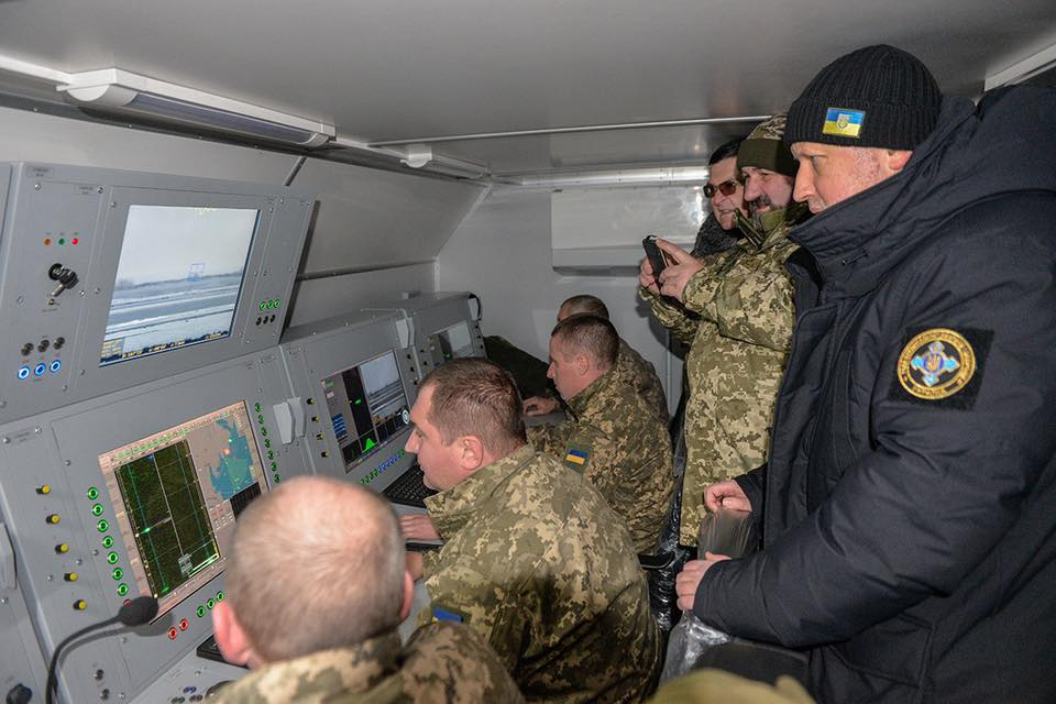"""أوكرانيا تختبر صواريخ """"إس -125"""" مجنحة Dtp3z9AW0AAIUwx"""