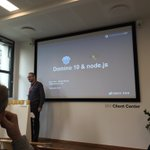 Image for the Tweet beginning: @HenrikGWinkel præsentere #domino10 & #nodejs