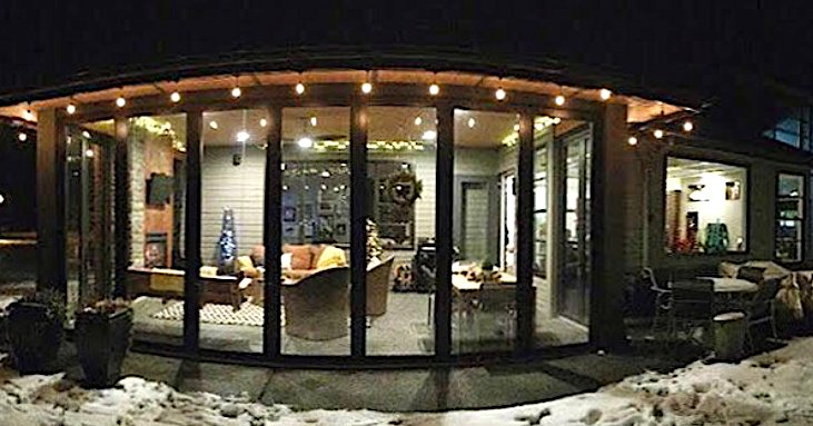 Panoramic Doors Allow You To Invite The Outdoors In... Even On The Most Magical Day Of The Year! #PanoramicDoorsUK #Alumen #Welglaze #HomeBuilding #HomeDesign #CustomHome #ChristmasSpirit #ChristmasMagic #HolidaysAreComing #NewBuild #HomeImprovement #ModernHome #Celebrate https://t.co/oiKdFBBmxn