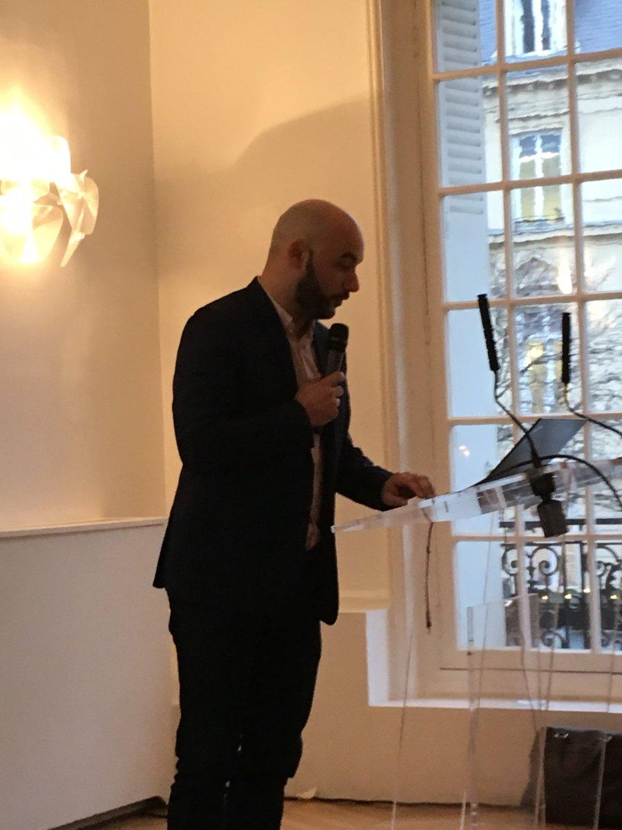 Le Parfum Bio Merci à nos speakers qui ont croisé leurs expertises.  - Nicolas Bertrand, Directeur de Cosmébio - Sophie Thirion, Responsable R&D du Laboratoire Odysud (ACORELLE)  - Quentin Vanpeene, Directeur Associé et COO de 100BON @Cosmebio_label @AcorelleSA @100BON_parfum