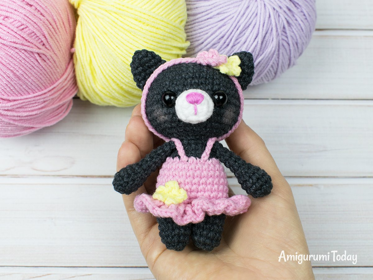 Marvelous Mini Crochet Animals to Make Yourself | 900x1200