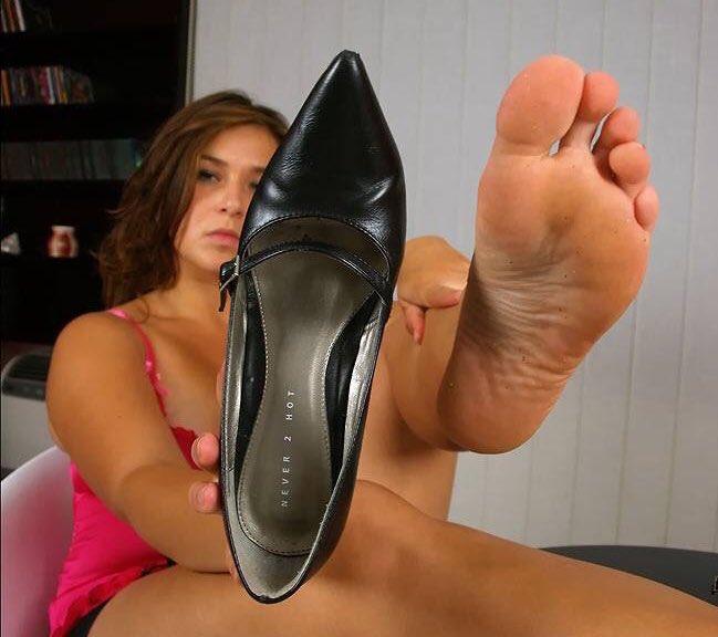 признаков таких фетеш фото ботинки недавно