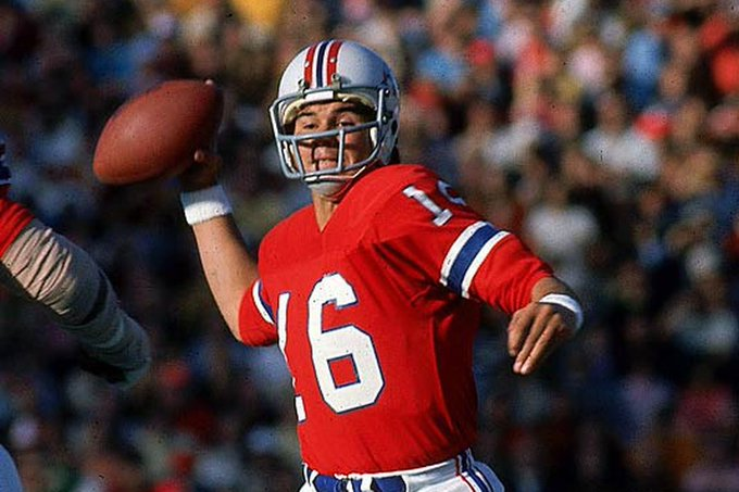 Wishing a happy birthday to former No.1 overall pick and two time SB champion Jim Plunkett!