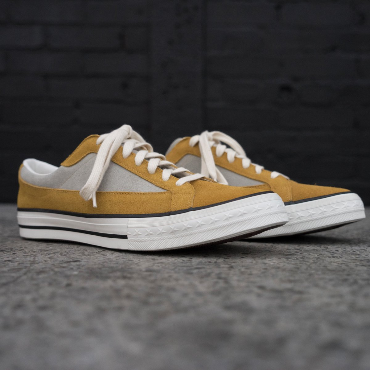 the warehouse sneaker