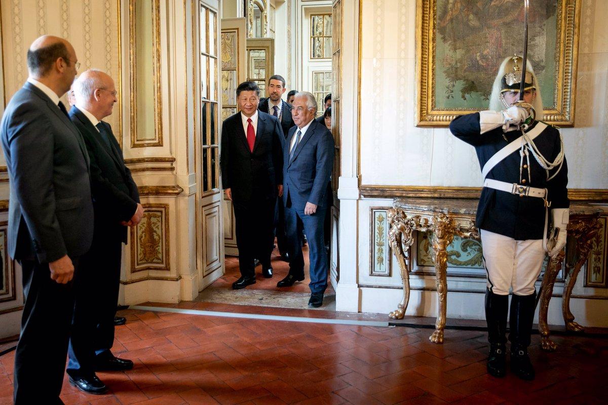 A relação entre #Portugal e a #China funda-se em mais de cinco séculos de convivência e numa confiança mutua que foi sendo confirmada e reafirmada. No quadro bilateral e da União Europeia, somos sempre um garante da relação de confiança com a República Popular da China.