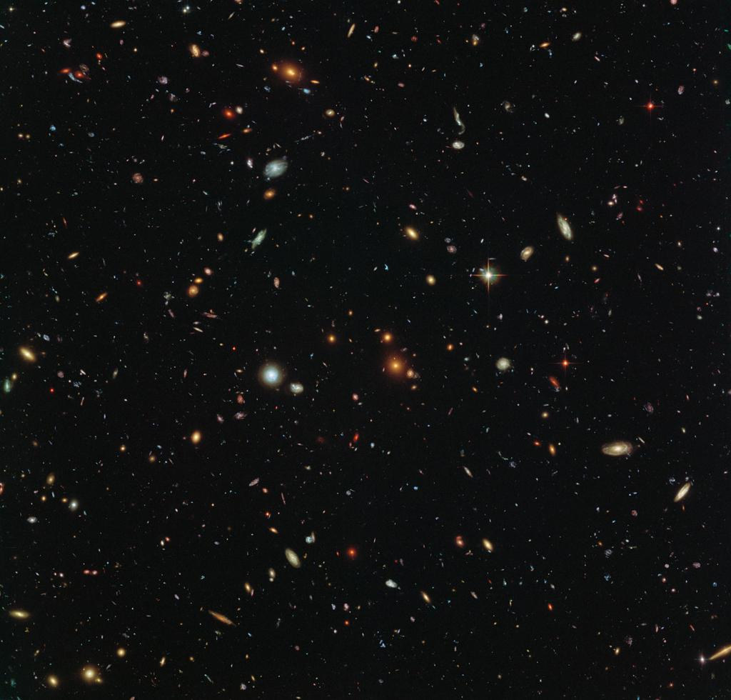 """This is America ... a brilliant diversity spread like stars, like a thousand points of light in a broad and peaceful sky."" — George H. W. Bush, Aug. 18, 1988 In Memoriam. #Remembering41 Here is a look at thousands of colorful galaxies from @NASAHubble: go.nasa.gov/2G1QmuX"