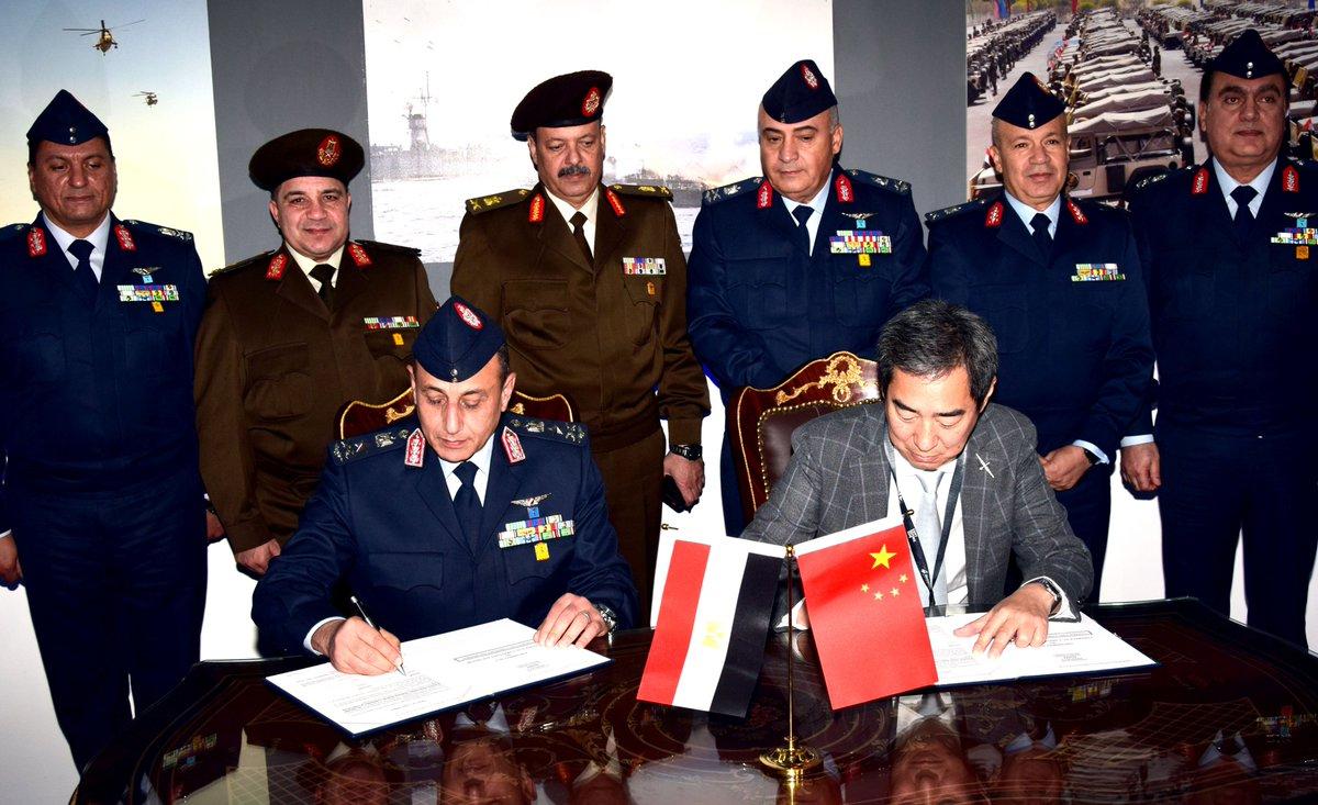 صفقات مصر العسكريه في معرض EDEX-2018 DtqFTrLXQAA8q-U