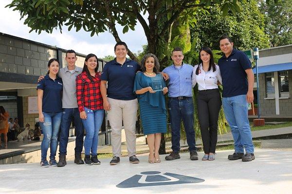 Unibagué recibe reconocimiento 40.000 Primeros Empleos del Gobierno departamental