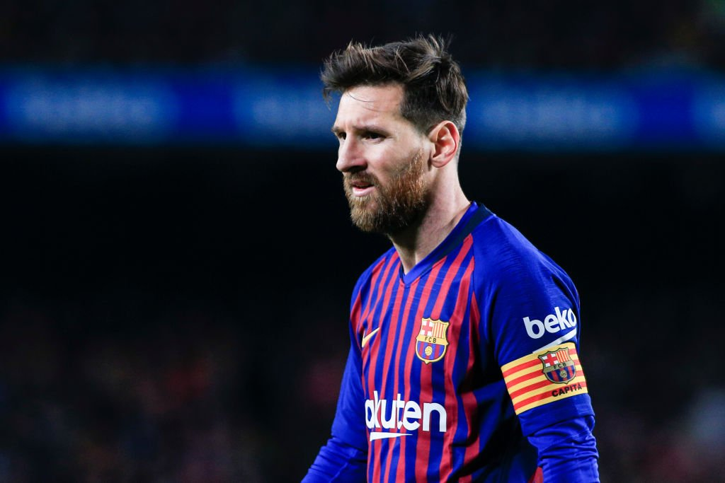 'It's absurd.'  Lionel Messi's #ballondor ranking has not gone down well.  Read: https://t.co/Vtt9S8gy1a