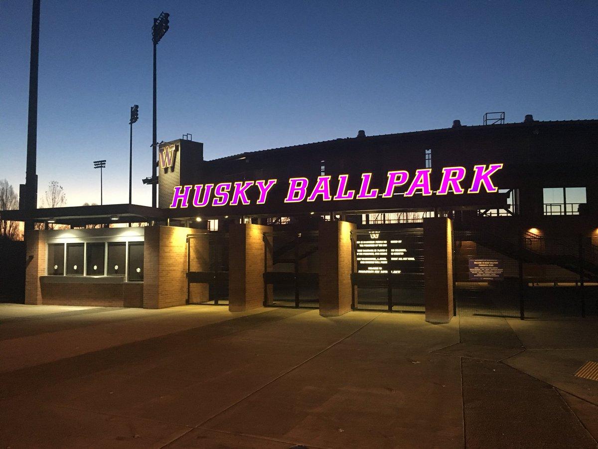 Good morning from Husky Ballpark! Only 79 days until @UW_Baseball's home opener! #RiseandGrind <br>http://pic.twitter.com/1xFBWLQNx1