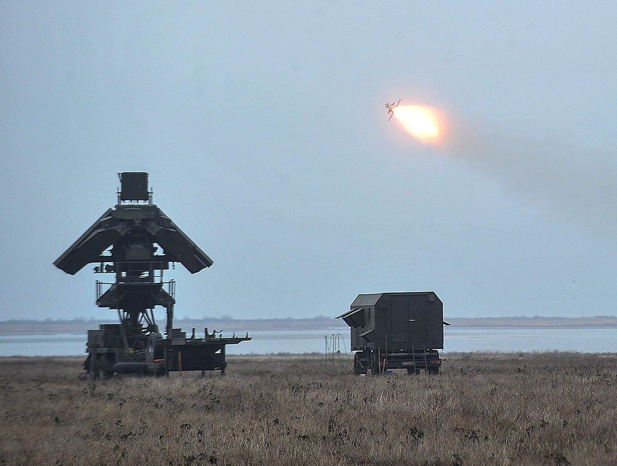 """أوكرانيا تختبر صواريخ """"إس -125"""" مجنحة Dtqlh_yXgAAltBb"""