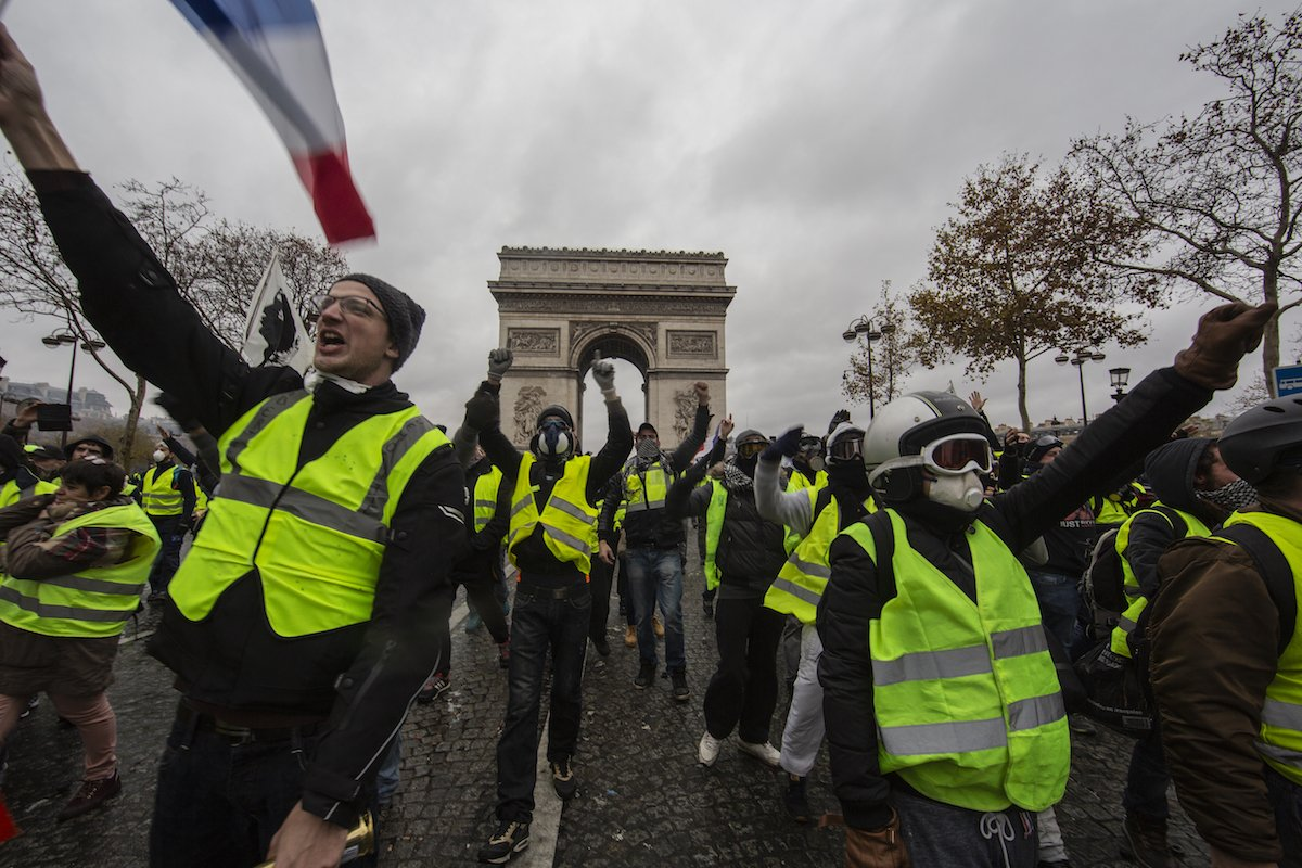 France's gas tax disaster shows we can't save the Earth by screwing over poor people https://t.co/NhuObNgxfg https://t.co/fPYBKZersL