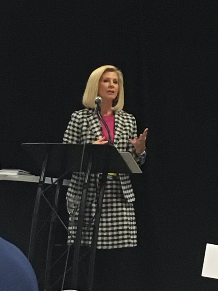Intern State Superintendent @mieducation Sheila Alles addresses the 540+ Principals at #MEMSPA18