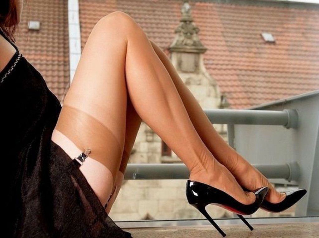 Sexiest legs in the world, hot sexy movie stars