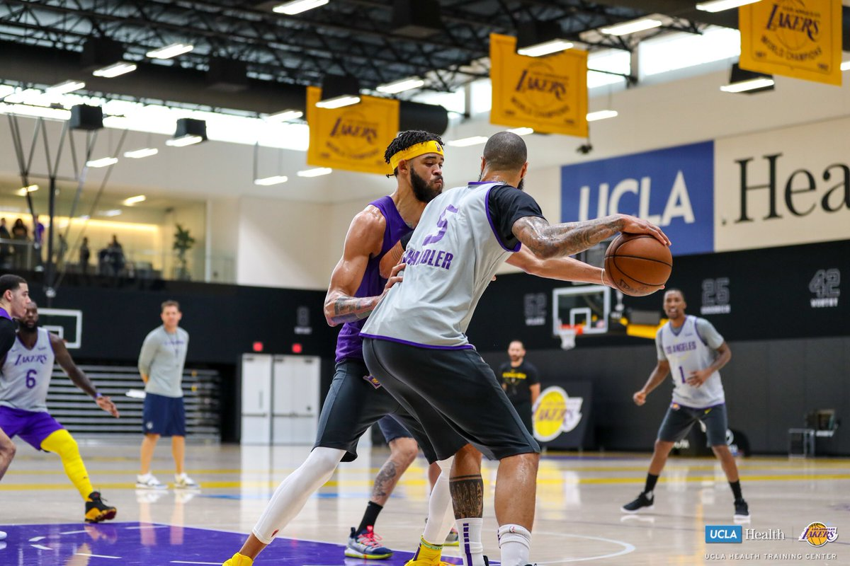 0db718f0a Los Angeles Lakers and South Bay Lakers