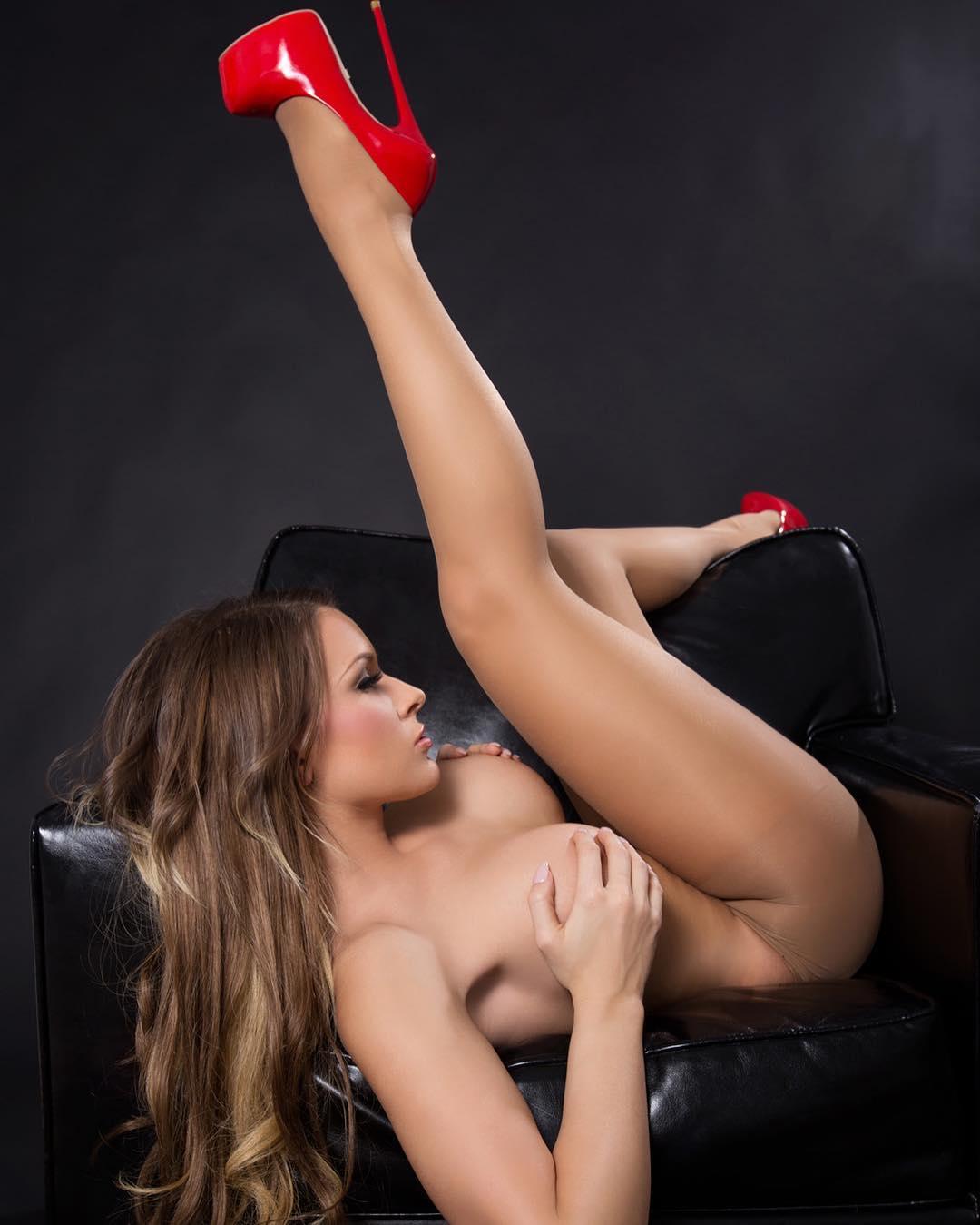Naked Girls In High Heels