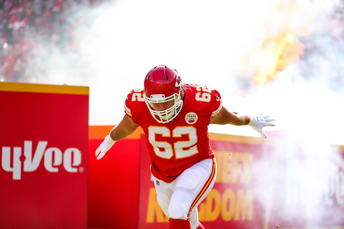 Center Austin Reiter has signed an extension with the Chiefs.