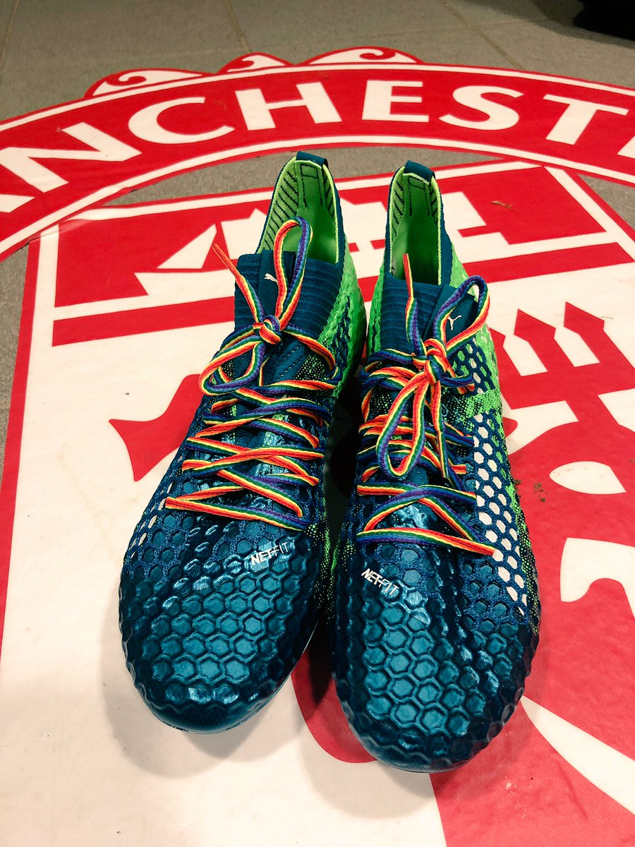 Tonights boots looking nice and bright supporting @stonewalluk's #RainbowLaces campaign!  #AllRedAllEqual