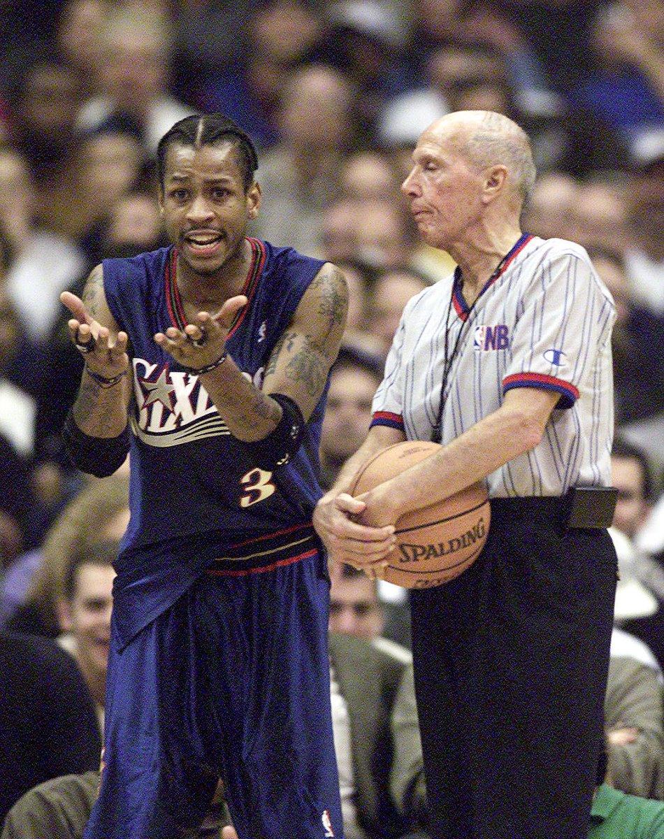 (2000) Referees vs. Allen Iverson. <br>http://pic.twitter.com/XlwhDBuYi0