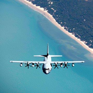 اصطدام وتحطم مقاتلتين أمريكيتين قبالة سواحل اليابان DtsUq2RUUAEyxt8?format=jpg&name=360x360