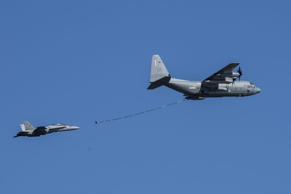 В Тихом Океане разбились два американских самолета