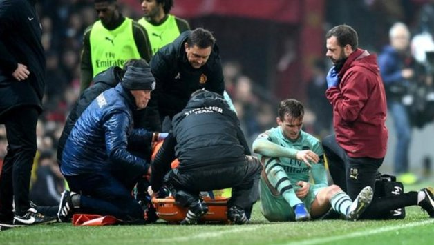 They should know more in the next 48 hours but the early signs for Arsenal defender Rob Holdings injury are not good. More: bbc.in/2zKS12p