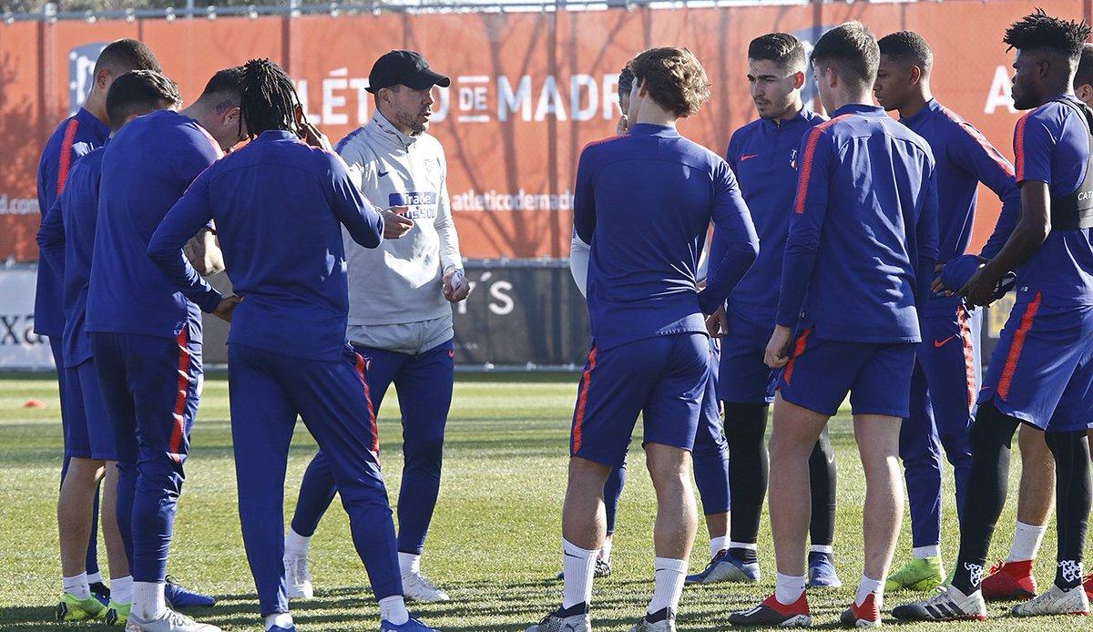 Dtu0AyKWoAEcG-H Giménez entrena con el grupo y Filipe lo hace al margen - Comunio-Biwenger