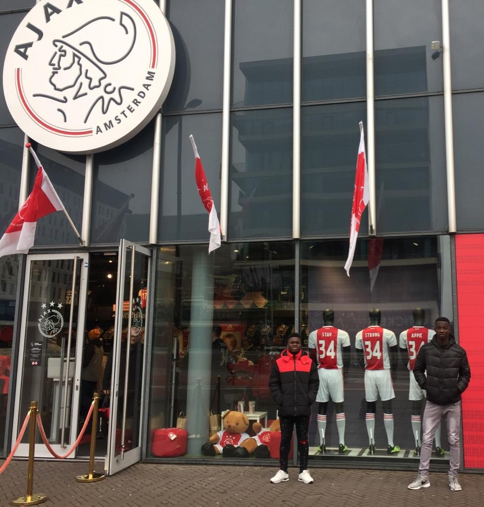 #MirageFA @Buckswood_UK @BuckswoodLions student/player Prince & Samuel had a Successful #trials & trip to #Holland, they toured the city of #Amsterdam and trained with our partners @FC_Amsterdam #IamAmsterdam #WeAreMirageFA #johancruijffarena #afcajax #staystrongappie pic.twitter.com/7y43rlf6hX