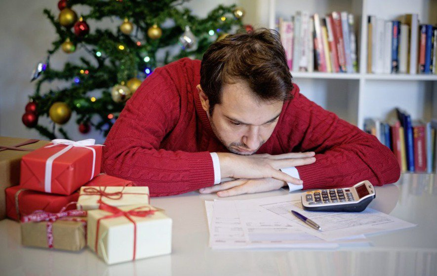 One in three parents get into debt over children's Christmas presents irishnews.com/news/2018/12/0…