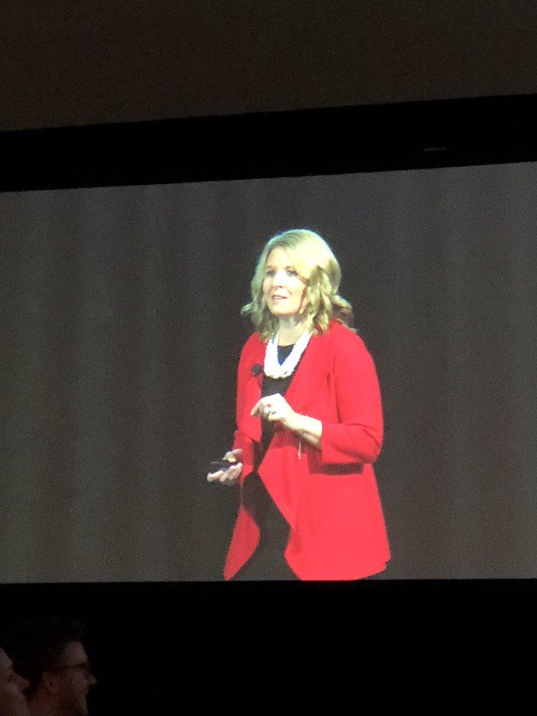 Michelle Schuler of Microsoft delivers third ED talk at #nnsummit18 <br>http://pic.twitter.com/ONpBnPWSDE