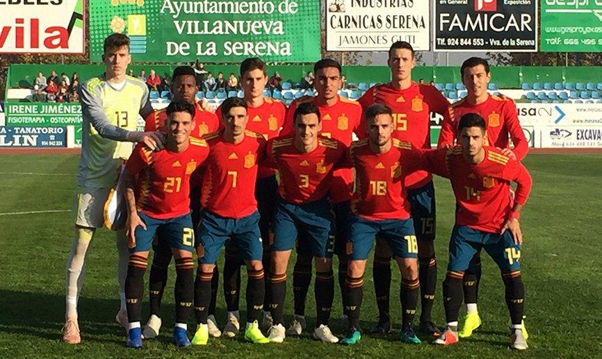 Once inicial de España sub 18, con Javi Cueto (Foto: RFEF):