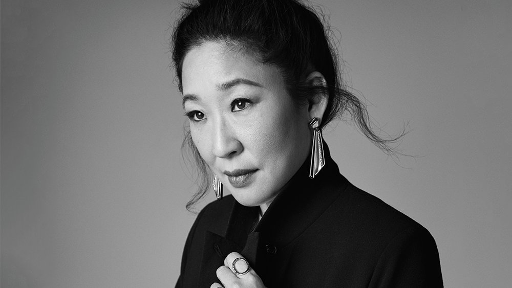 #GoldenGlobes host Sandra Oh is the first Asian person to host any awards show, ever https://t.co/eD95GQWOHl https://t.co/HVqA5NR3dB