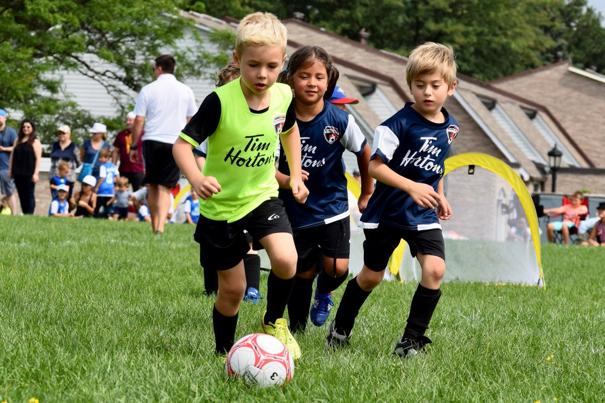 House League 2019 Registration for Boys and Girls u4 to u16 OPENING SOON!! Summer is around the corner!! #houseleague #soccerfun #summersoccer #Grassroots #ontariosoccer #mississaugaRP