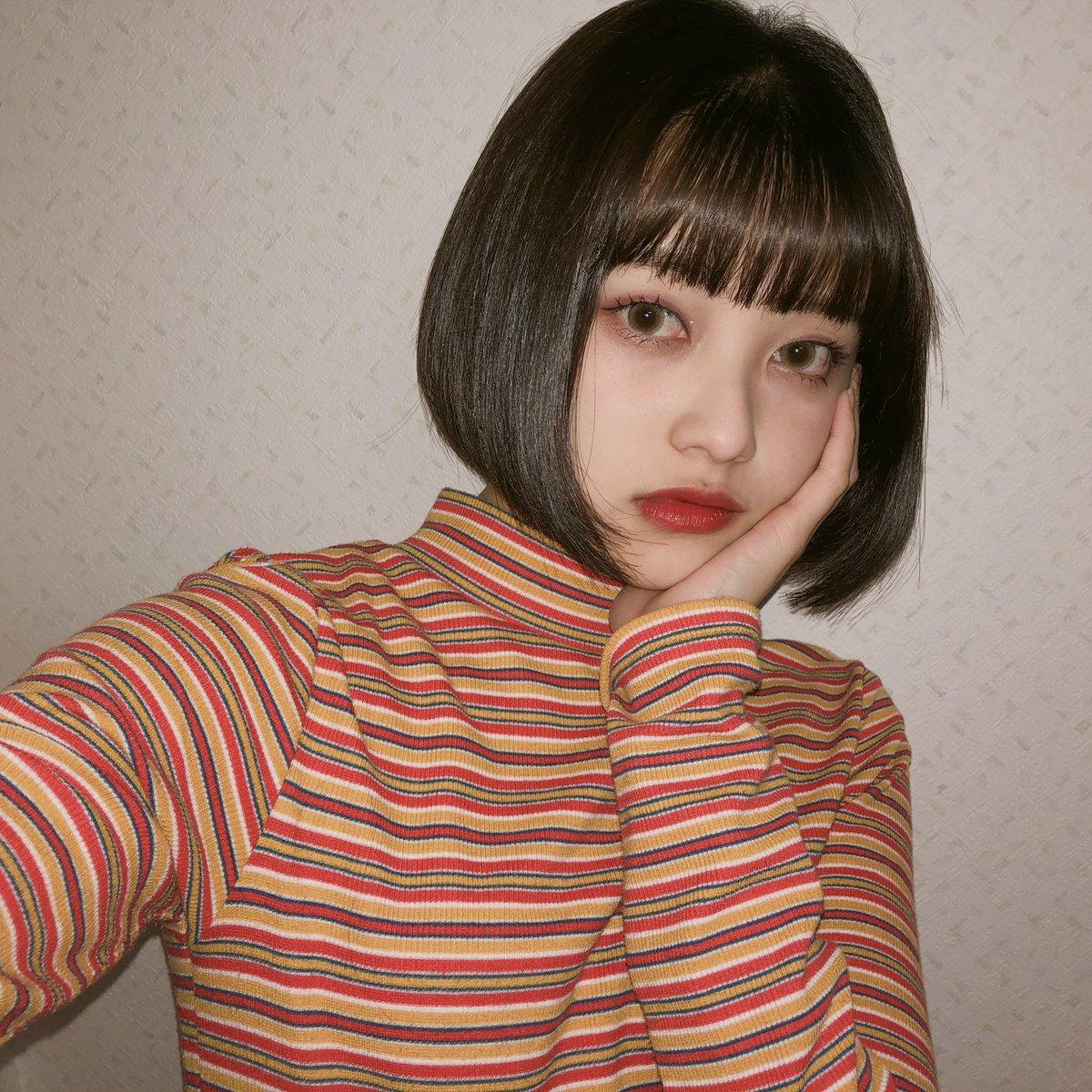 ♥️popteen1月号付録♥️ 【一重メイク】 今回は赤メイクしたよ✨ アイシャドウの色が可愛い〜♡ 発色もよくて使いやすいよ!!  皆も是非GETして真似してみてね👀 #popteen #一重メイク  #あやみん