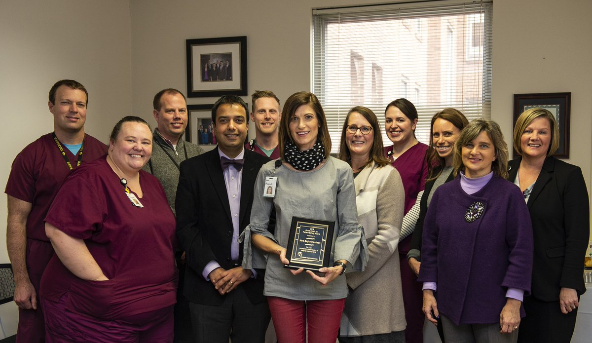 Kara Boyko Frandson, Pharm.D., from @AbbottHospital received MHA's Good Catch for Patient Safety Award, which recognizes hospital professionals who demonstrate their commitment to keeping patients safe by speaking up: https://www.mnhospitals.org/newsroom/news/id/2194/mha-newsline-dec-3-2018/#art1…