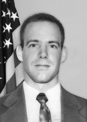 Today we honor #FBI Special Agent Gregory J. Rahoi.  Agent Rahoi was accidentally shot and fatally wounded at Fort A.P. Hill in Caroline County, Virginia during a live-fire tactical training exercise on December 6, 2006. #WallofHonor https://www.fbi.gov/history/hall-of-honor/gregory-j-rahoi …