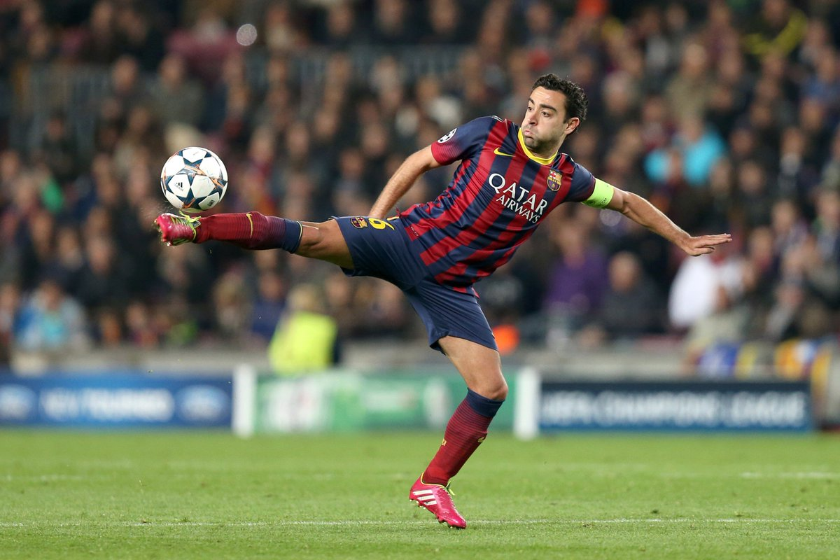 🔵🔴 Xavi Hernández at Barcelona:  ⏲️ Seasons: 17 👕 Games: 763  🏆 Trophies: 25   #UCL #ThrowbackThursday