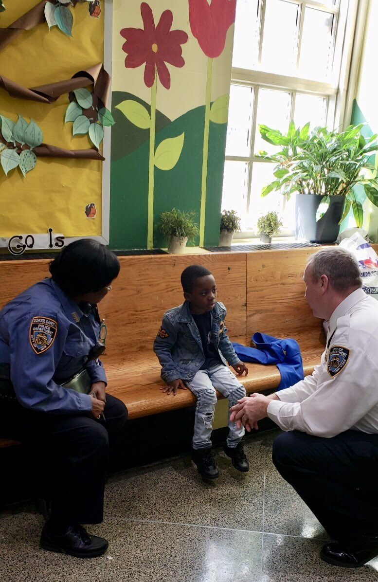 Don't worry, this young man isn't in trouble! Officers from the  were visiting schools in the  when the#EastVillagey came across this bright kid who told them he wants to be a leader in his community one day. He has our vote. #NYPDconnecting