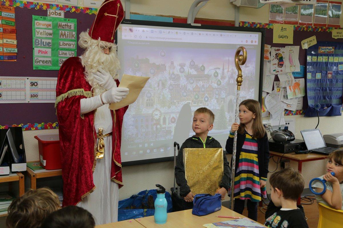 test Twitter Media - The good behaviour has paid off: Saint Nicholas visited the youngest pupils in St. Kilian's today. #Nikolaus @annetteblack6 @CDavey1B https://t.co/oDMT3Qzjkw