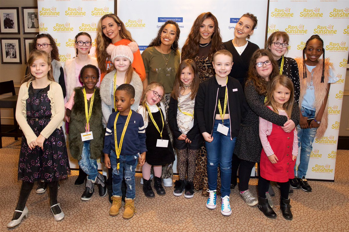 It was so lovely to meet these incredible and inspiring children at our  wish day!  Thank you to Rays of Sunshine for having us, the work you do is truly amazing 💞 the girls x