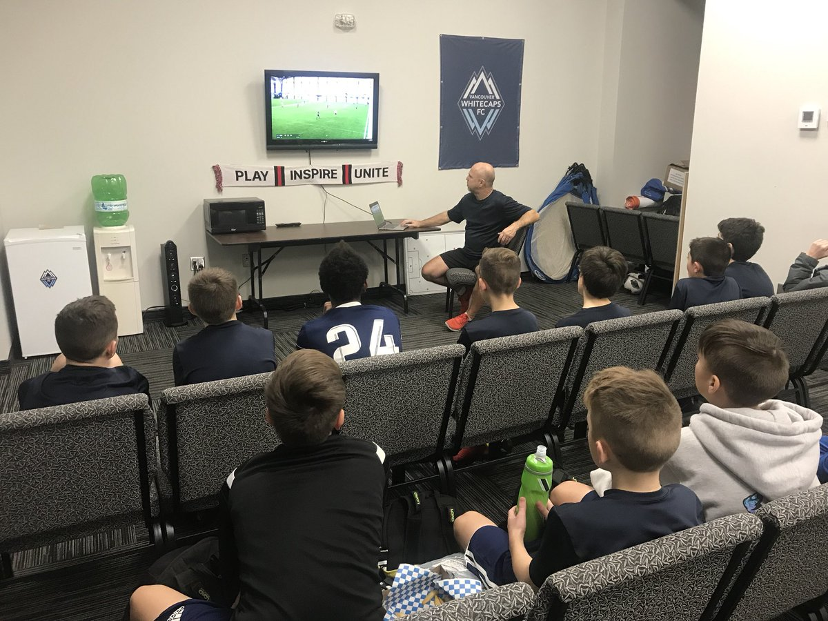 #whitecapslondon 2006 #OPDL Boys in the classroom with Coach Jeff Cambridge leading the way with a video analysis session 🤓 📚   @WhitecapsYouth #lndont @whitecapslondon #playerdevelopment – at BMO Centre