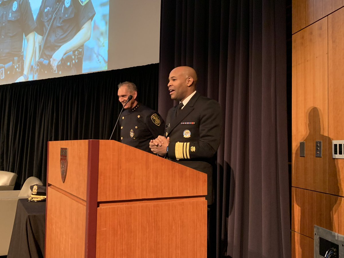 .@Surgeon_General pokes fun at @ArlingtonMAPD Chief Ryan for accidentally referring to him as the attorney general, and reminds us that he's neither a surgeon nor a general (And not a pilot or police officer). #PAARISummit2018 <br>http://pic.twitter.com/qY8Z7qEA8A