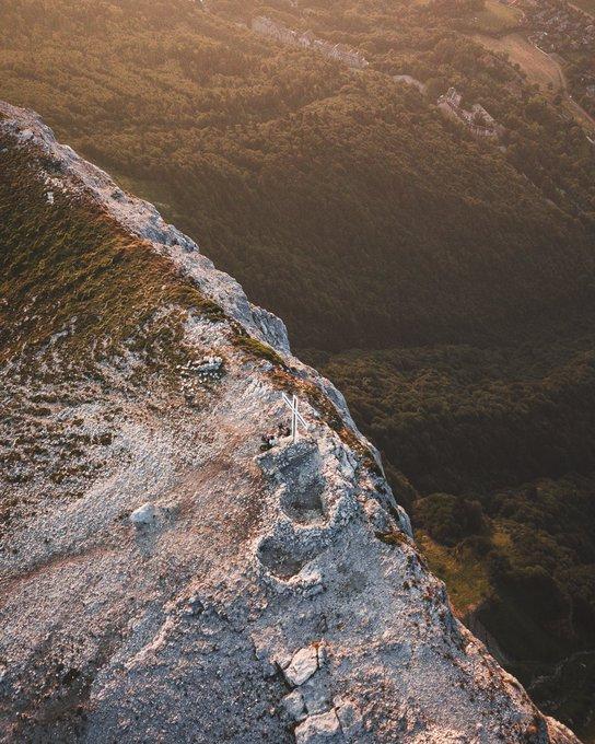 #JeudiPhoto en plein cœur du Massif de la Chartreuse. Que la France est belle 🇫🇷 @SavoieMontBlanc @CDIsere Photo