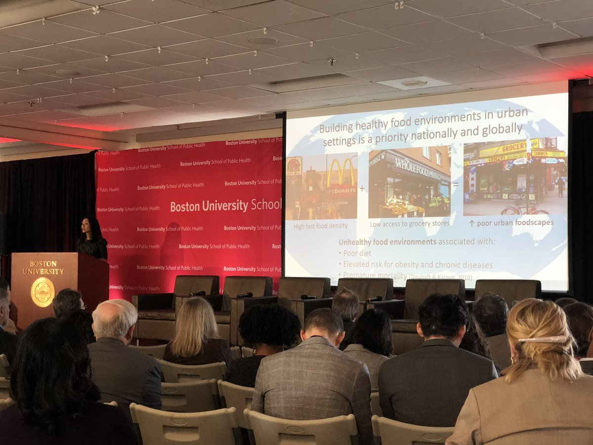 Smaller grocery stores and higher density of fast food restaurants are associated with premature mortality @DrMonicaWang #BUSPHSymposia <br>http://pic.twitter.com/fuhzeA6THZ
