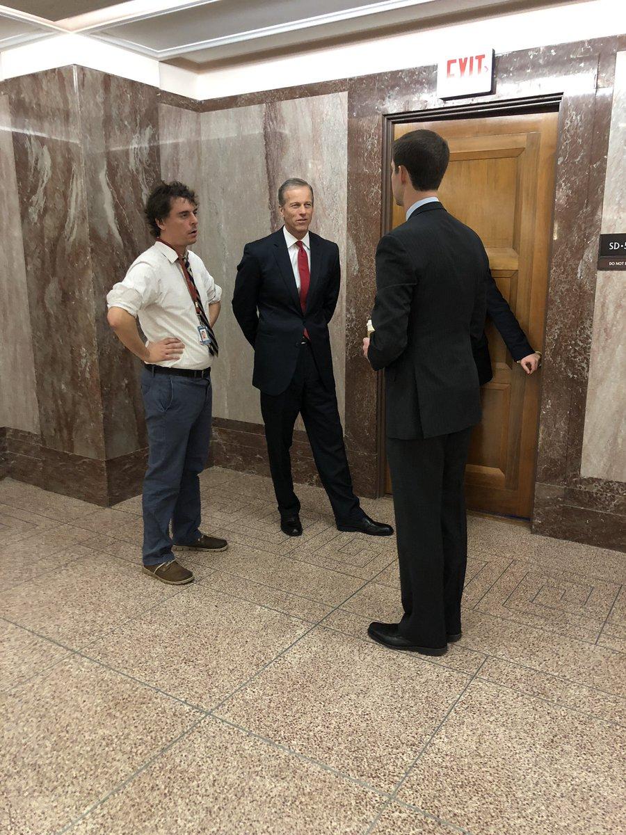 Sen @burgessev discusses important legislative priorities with @SenJohnThune & @SenTomCotton —>